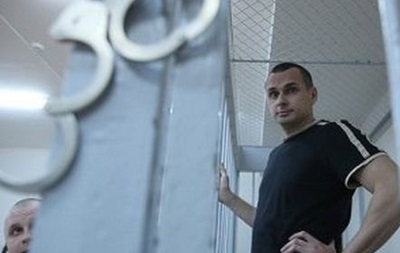 Російський суд продовжив арешт Сенцова до липня