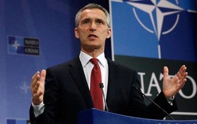 НАТО: Сепаратисти накопичили достатньо техніки для швидкого наступу