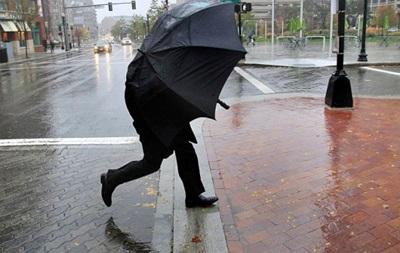 В Україні на сьогодні оголошено штормове попередження