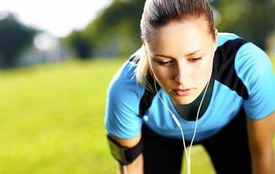 Вчені: Слухати музику під час занять спортом корисно