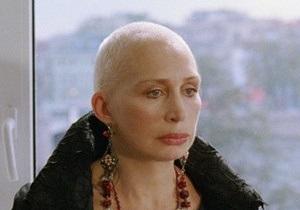 В Севастополе известная российская актриса обнажилась перед Януковичем