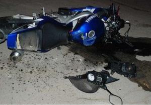 Водитель мотоцикла сбил в Одессе людей на пешеходном переходе, два человека погибли