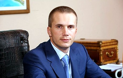 Суд снял арест с ценных бумаг Александра Януковича - СМИ