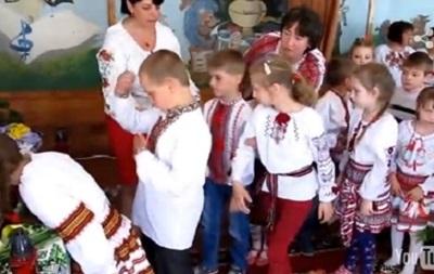 Во Львовской области более 20 детей потеряли сознание на молебне за Украину