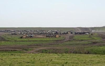 Глава МИД Литвы: РФ стянула войска к границе с Украиной