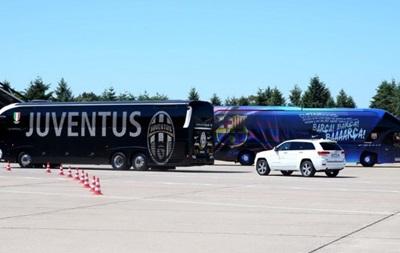 Ювентус и Барселоны прибыли в Берлин на финал Лиги чемпионов