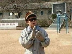 Ким Чен Ир снова опроверг сообщения о своей болезни