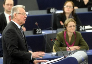 Европарламент предложил странам ЕС признать сформированный повстанцами Национальный совет Ливии