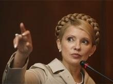 Тимошенко советует Ахметову строить страну, а не собственный капитал