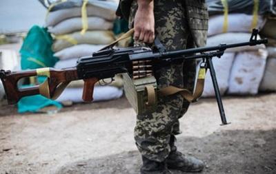 При обстреле Станицы Луганской погиб военный, еще один ранен
