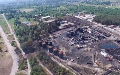 До і після пожежі. В інтернеті з явилося відео з нафтобазою під Києвом