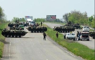 Закрыто движение транспорта между Донецком и Волновахой