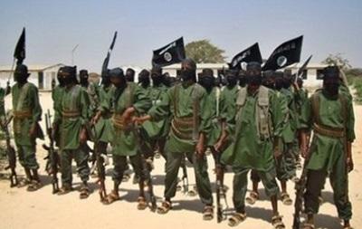 В результате нападения исламистов в Сомали погибли не менее 30 человек