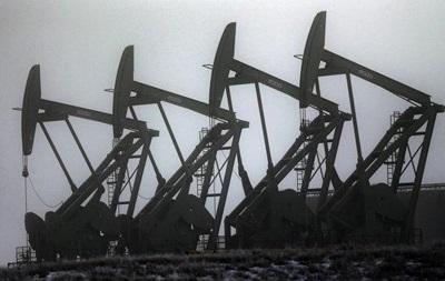 Нефть на биржах Лондона и Нью-Йорка торговалась разнонаправленно
