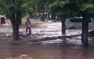 Харьков накрыл сильный ливень с градом