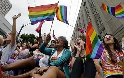 Гей-парад в Нью-Йорке: россияне на Прайде