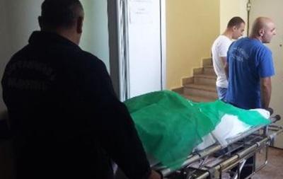 Житель Еревана напал на жену  в роддоме и застрелился
