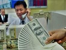 Курс доллара побил десятилетний минимум