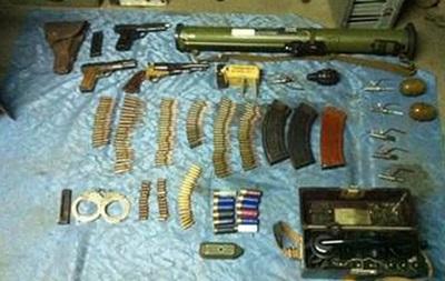 В Полтавской области мужчина пытался наладить продажу оружия