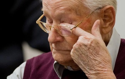 Обвинение требует три с половиной года для  бухгалтера Освенцима