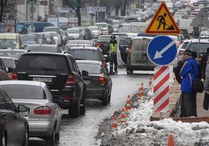 На киевских дорогах декабрь оказался самым загруженным месяцем с начала прошлого года