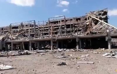 В интернете появилось свежее видео из донецкого аэропорта