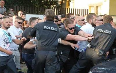 В Дрездене три человека ранены в ходе столкновений у лагеря беженцев