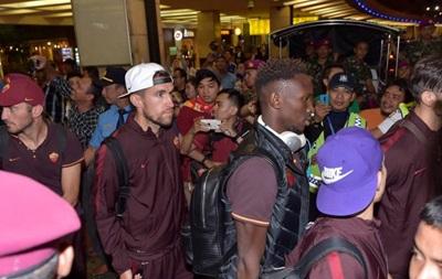Футболистов Ромы не пустили в Индонезию
