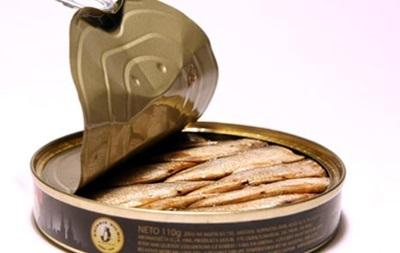 Россия ограничила ввоз рыбных консервов из Латвии