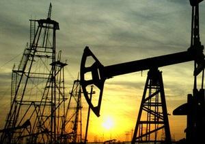 Мировые цены на нефть немного выросли