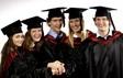Синоптики обещают прохладную погоду во время церемоний вручения дипломов