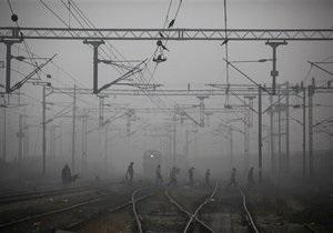 В Киеве на станции Дарница сошли с рельсов вагоны грузового поезда