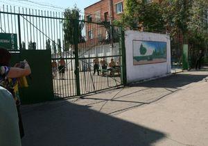 Источник в Менской колонии рассказал, как изменилась ситуация после приезда Луценко