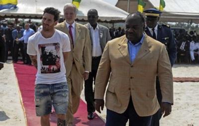 Месси обвинили в поддержке африканского диктатора