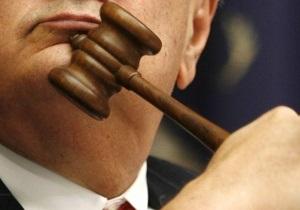Журналисты через суд требуют уволить руководителя СТБ