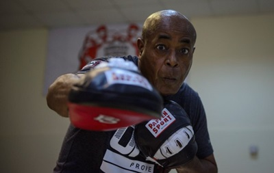 Джеймс Али Башир: Усик станет легендой бокса
