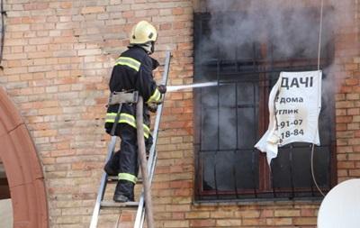 Из-за пожара в центре Киева остановили движение троллейбусов