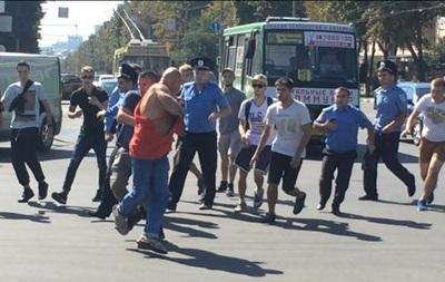 В Харькове напали на прохожего в футболке  СССР