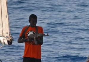 Пираты освободили греческое судно с семью украинцами на борту
