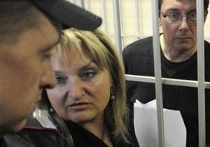У Луценко в 2011 году нашли вирусный гепатит и скрыли это от него - жена