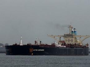 Захваченный пиратами супертанкер с украинцами на борту загружен 250-ю тысячами тонн нефти