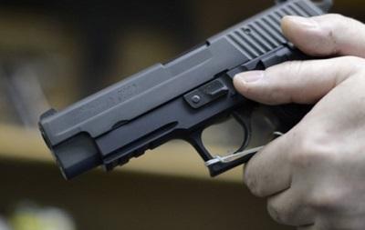 Петицию к Порошенко о праве на оружие проверят на подлинность