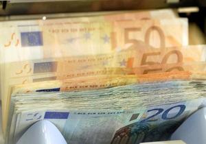 Евро на межбанке упал ниже 9,9 гривен