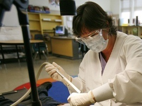 Число заболевших свиным гриппом в России приближается к двум тысячам