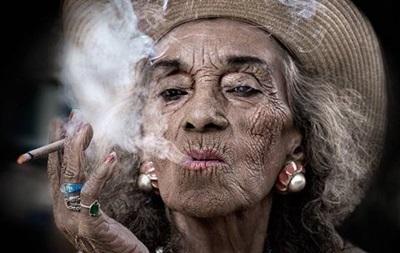 Ученые объяснили, почему некоторые курильщики доживают до глубокой старости