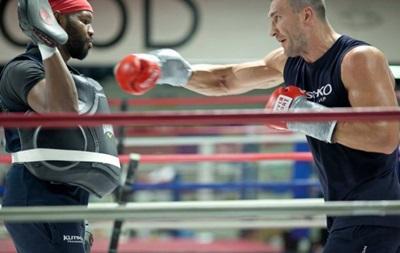 Кличко начал подготовку к бою с Тайсоном Фьюри