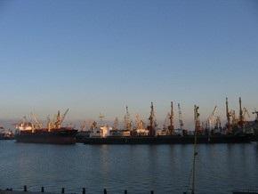 В Одесском порту импортеры не хотят растамаживать продукцию