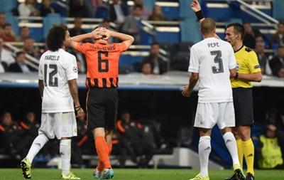 Экс-арбитр ФИФА: Не должны позади ворот стоять слепые люди