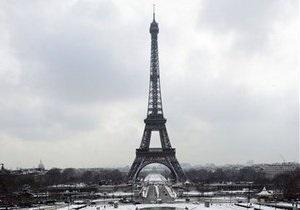 Количество посетителей Эйфелефой башни упало на 800 тыс. человек