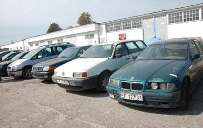 Силам АТО передали конфискованные таможней автомобили